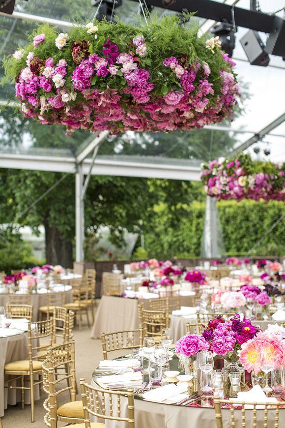 Beautiful garden reception #weddingreception #receptiondecor #outsidewedding