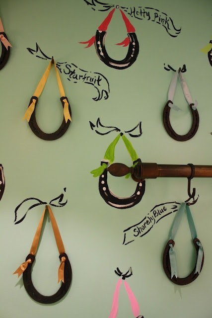 Creativity with horseshoes
