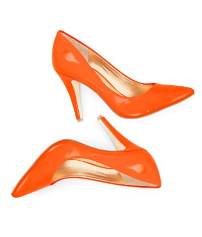 Fall Must Haves: All Orange Everything Orange Pumps – The Frisky