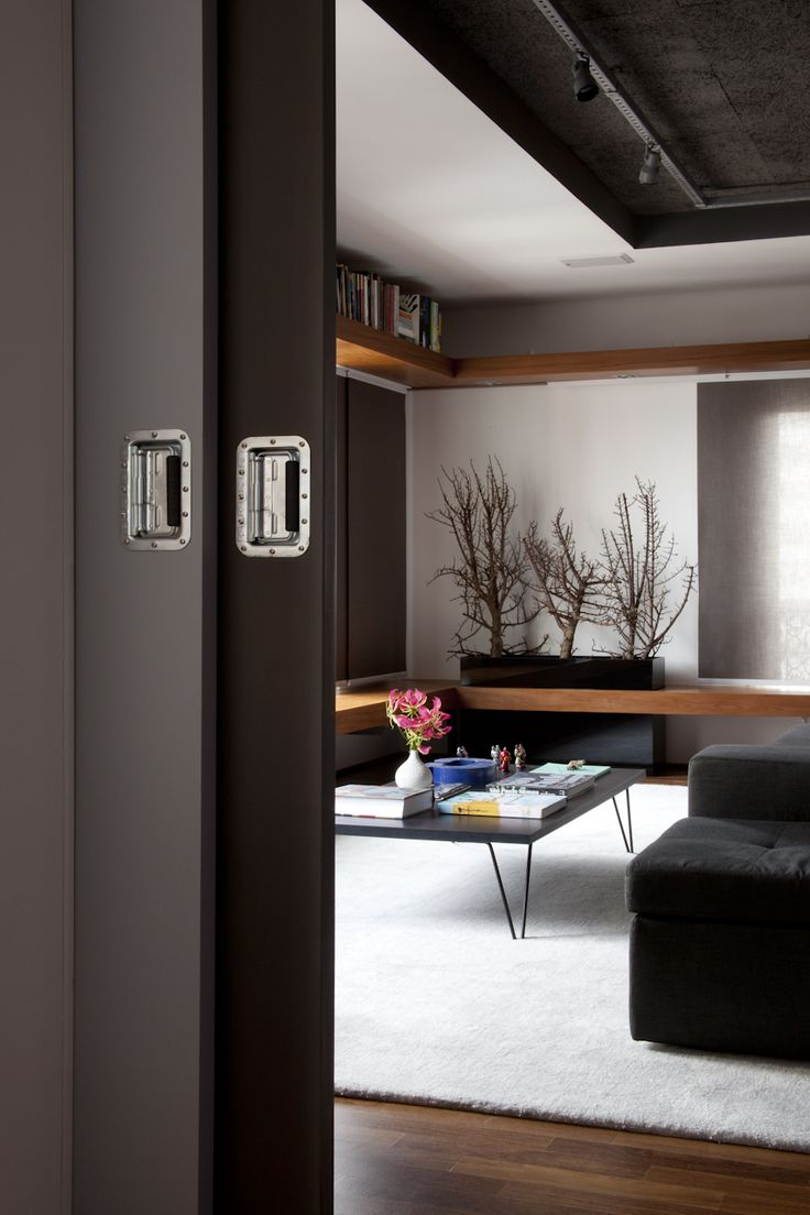 Decorating with gray can be an art. Check out these do's and don'ts: http://aol.it/V5zd4I