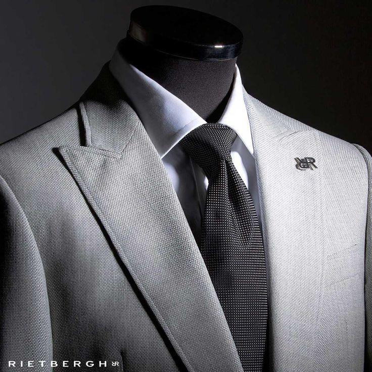 Grijs trouwpak - Grey wedding suit by Rietbergh - Rietbergh maatpakken en trouwpakken - the rietbergh way of wedding