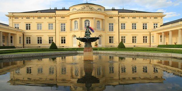 Károlyi kastély -Fehérvárcsurgó