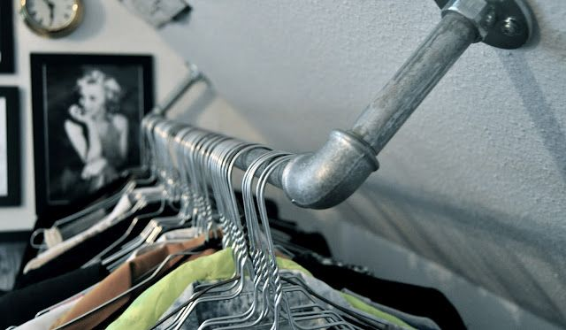 A touch of Luxe: DIY clothing rack in the ceiling….