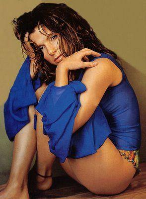 Sandra Bullock.....GIMME GIMME!!
