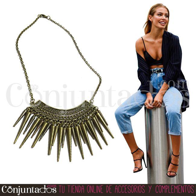 Adorna tu escote con este chulísimo collar de estilo punk y rock, pero discreto por su tamaño, y pondrás el punto rebelde a tu outfit ★ 9,95 € en https://www.conjuntados.com/es/collares/collar-dorado-de-pinchos.html ★ #novedades #collar #necklace #conjuntados #conjuntada #joyitas #jewelry #bisutería #bijoux #accesorios #complementos #moda #fashion #fashionadicct #picoftheday #outfit #estilo #style #GustosParaTodas #ParaTodosLosGustos