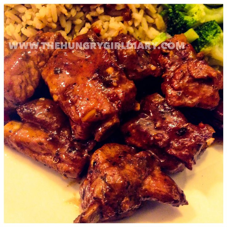 Make BBQ Spare Ribs at home. This easy at home recipe is found at http://wp.me/p5OCXR-1T