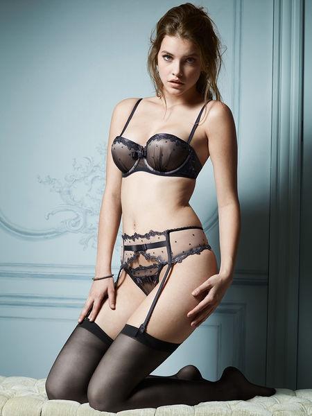 Victoria's Secret - Lingerie - Designer collection 2012  http://en.flip-zone.com/fashion/lingerie-12/l/victoria-s-secret-3074