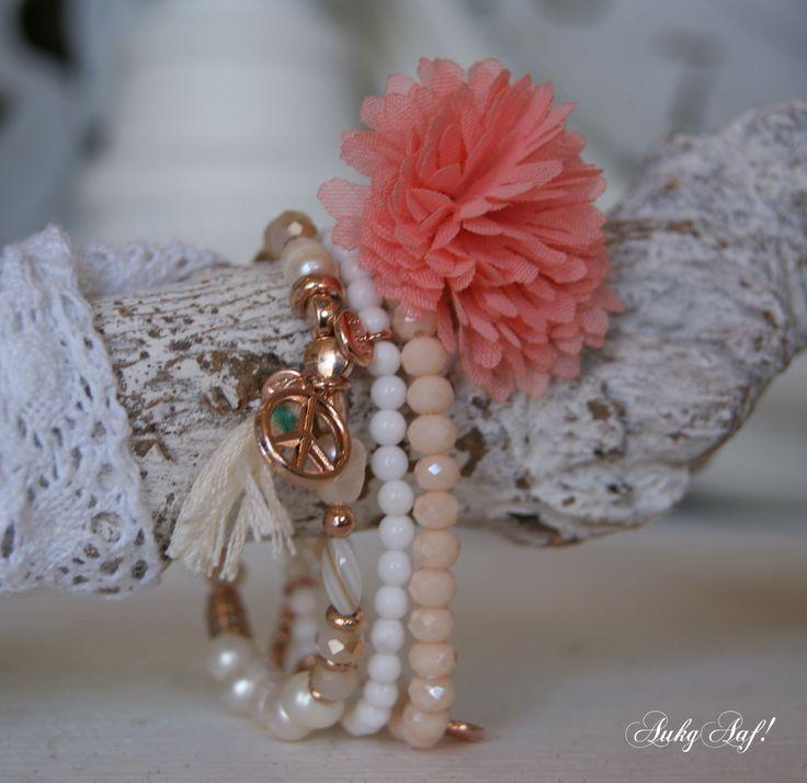 Biba armbanden zacht roze wit...AukgAaf!