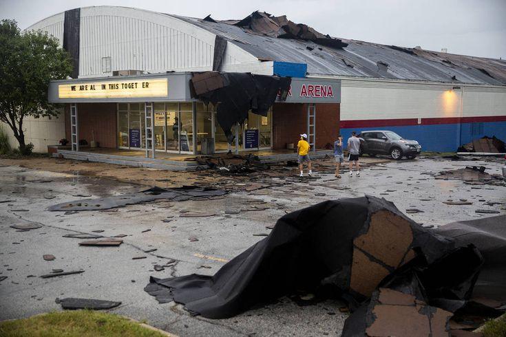 Hurricaneforce winds leave devastation across midwest in
