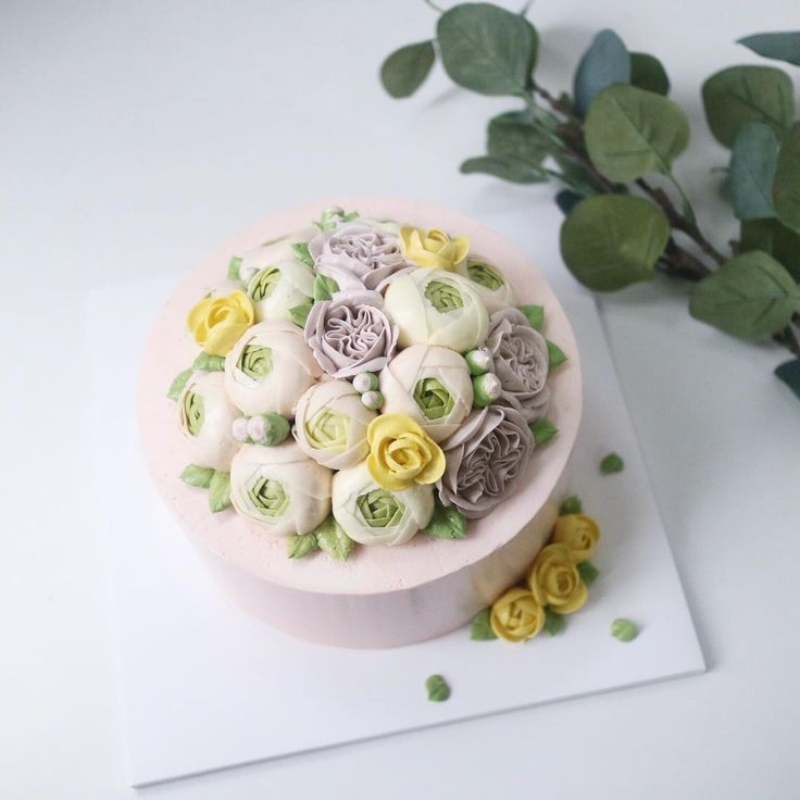 Repost nana_cake  Nanacake in Jakarta💕 See you 👋🏼 _ _ #nanacake #nanaclass #Jakarta #flowercake #buttercream #kue #bunga #bakingclass #flowers #nanagram #nanastyle #pink #decoration @inha_son