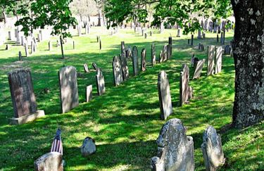 "Old Cemeteries | Read Dr. Pfeiffer's paper ""Duck River Cemetery, 1676-1735"" (pdf)-  looks so peaceful"