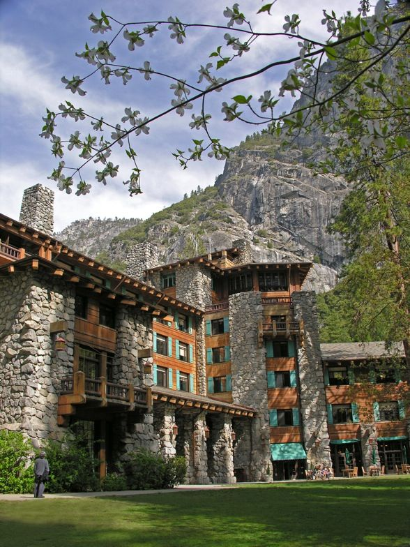 The Ahwahnee Lodge Yosemite National Park California Usa