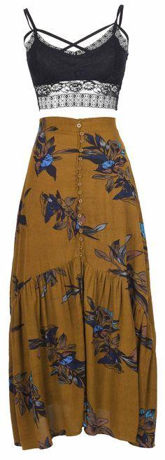 Falda larga y crop top