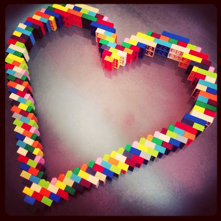 Easy Lego art. This was made by my husband and will be fixed onto a white canvas or board. Perfect for our modern flat.