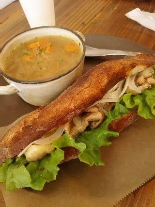 Piggie   スープとパンのお店ピギースープ&ベーカリー ピギー