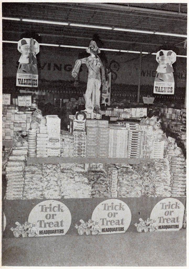 1969 Halloween Store Displays 10