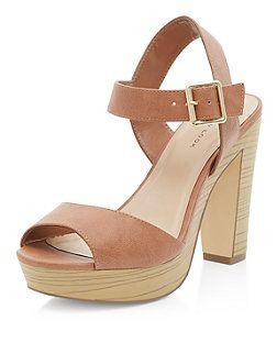 Chaussures fauve peep toe à talons block et bride de cheville | New Look