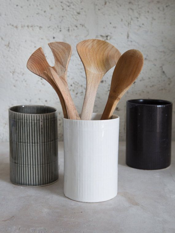 Ceramic Utensil Holder, Ceramic Kitchen Utensils,Ceramic Utensil Jar,Modern Pottery Gift Ceramic Utensil Holder with wonderful design of bamboo pattern that provide modern organic look. Beautiful addition to the modern kitchen and studio. Also can be used as flower vase. The utensil holder made in slip casting technique. Size: 5.9 H x 3.9W / 15 cm H x 10 cm W - Color: gray,, white, aqua-green,matte black - Dishwasher oven and microwave safe. - For an extra care burned to high temperature…