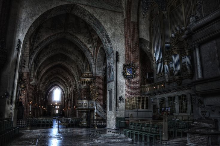 strangnas_cathedral_by_henriksundholm.jpg (1096×729)