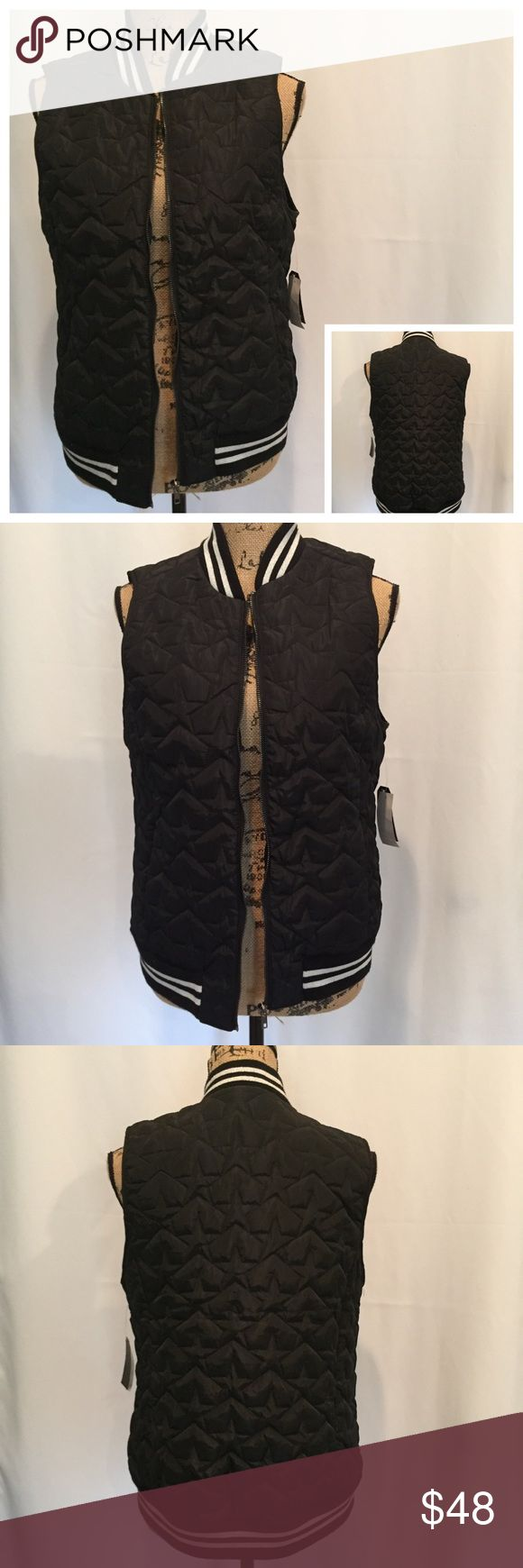 """🆕🎁 Kensie Jeans Black Star Quilted Vest NWT KENSIE JEANS Black Silver Star Quilted Vest Size: Medium  Brand New With Tags  MSRP: $68.00 Stretch Knit Trim, Quilted Tonal Star Pattern, Zip Front Measurements Without Stretching: Armpit To Armpit: 19.5"""" Length: 24"""" (From Top Of Shoulder) Machine Wash Cold, Tumble Dry Low  🎁 Great Gift Idea! 🎁 Smoke Free Home Kensie Jackets & Coats Vests"""
