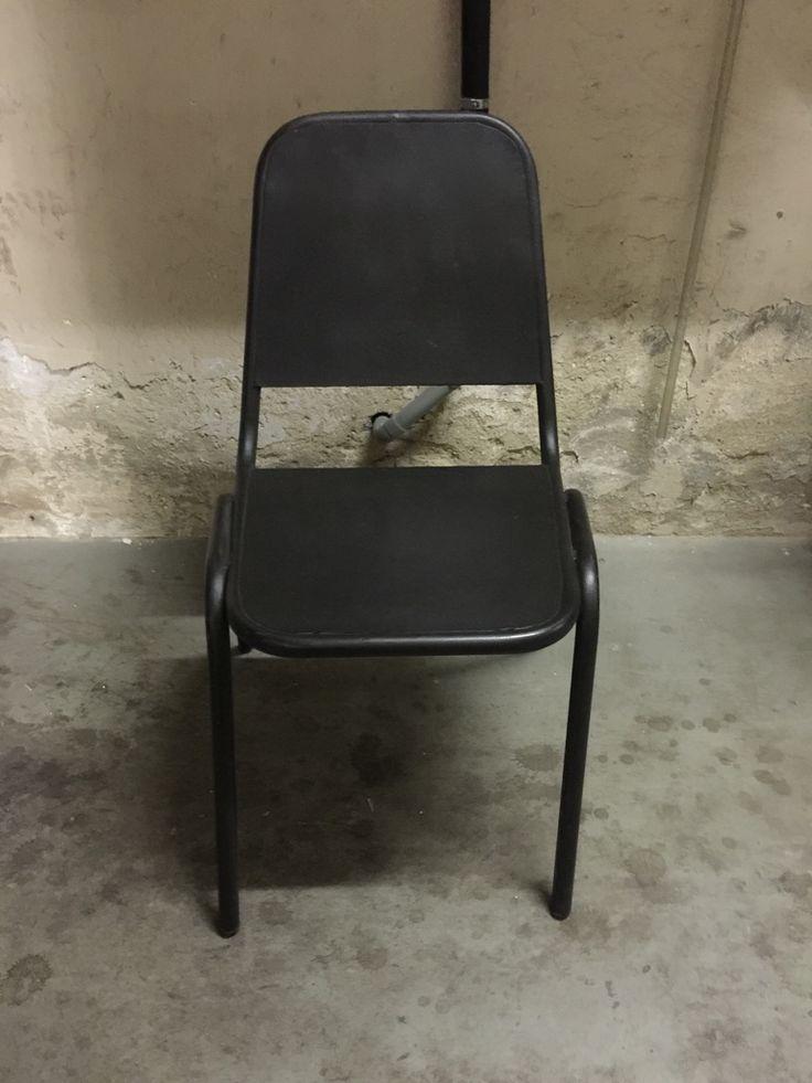 25 beste ideen over Vintage metalen stoelen op Pinterest