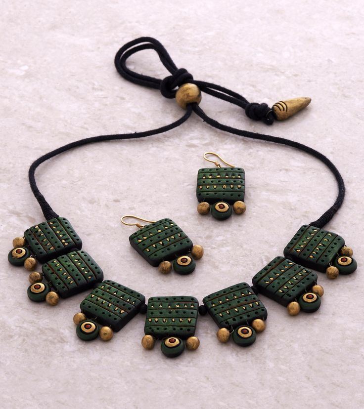 Green & Golden Hand Painted Tribal Terracotta Necklace Set
