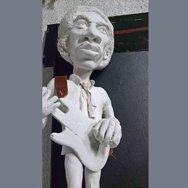 #jimihendrix #fender #gibson #stratocaster #sculpture #caricature #guitar #rock #music #guitarist #belgrade #zarkomandic #serbia #indian #black #woodstock #скульптуры #EricClapton #JJCale #StevieRayVaughan #LennyKravitz #карикатуры #belgraderestaurant #belgradefood #belgradenightlife #belgradestreets #сербия #ig_belgrade #скульптуры