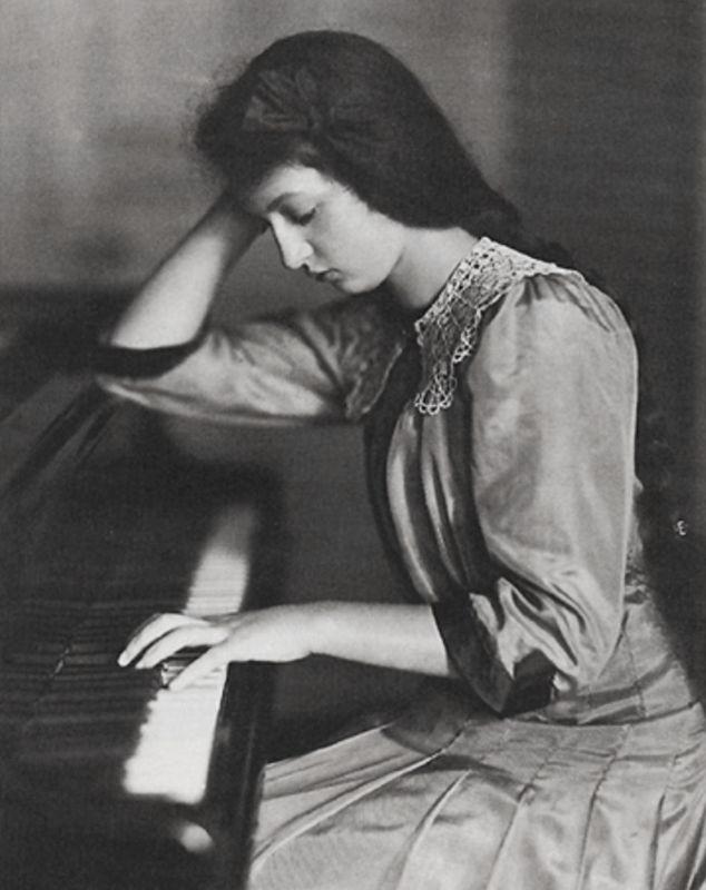 antique-royals: Romanian pianist Clara Haskil