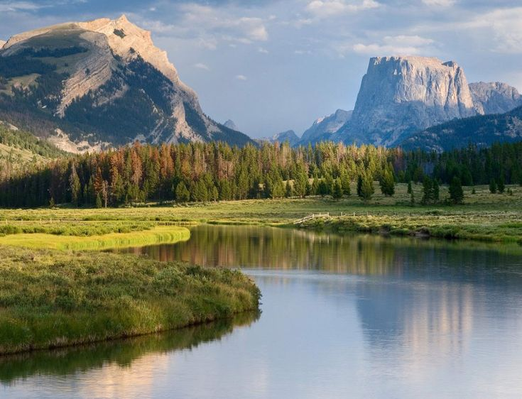 Squaretop Mountain.  Headwaters of the Green River.  Outside Pinedale Wyoming in the Wind River Range.