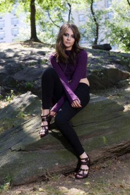 willa holland thea queen photos | Thea Queen – Willa Holland Willa-Holland-025 – arrowtvshow.com