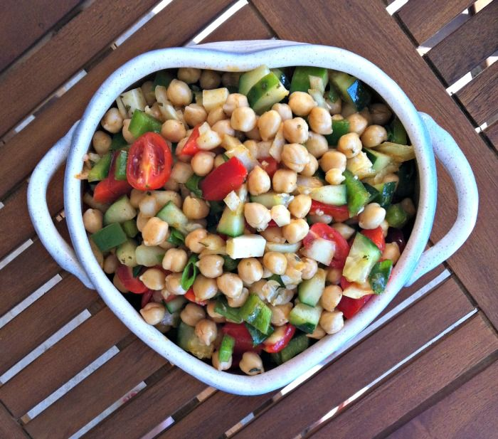 Mediterranean Chickpea Salad with Lemon Vinaigrette from A Cedar Spoon - Fresh, loaded with nutritious goodies and bursting with flavor!