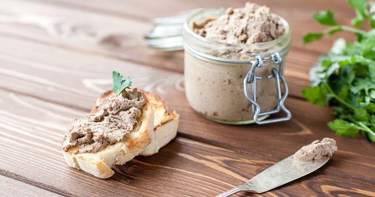 Pripravte si recept na Škvarková nátierka s nami. Škvarková nátierka patrí medzi najobľúbenejšie recepty. Zoznam tých najlepších receptov na online kuchárke RECEPTY.sk.