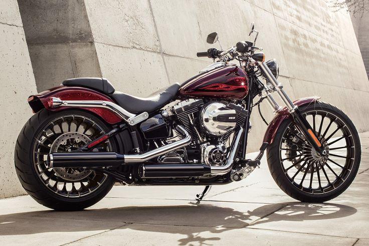 2017 Softail® Breakout® Gallery | Harley-Davidson USA