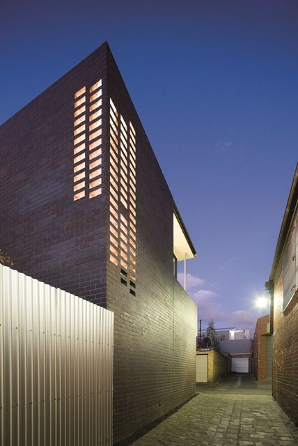 Think Brick Awards 2013 - Horbury Hunt Residential Finalist - Queensberry Street by Robert Simeoni Architects