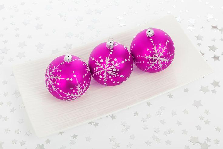 Niech nadchodzące Święta Bożego Narodzenia przyniosą Państwu wiele szczęścia, wiary i nadziei, a pomyślność nie opuszcza Was przez każdy dzień Nowego Roku.  www.estetiklaser.com