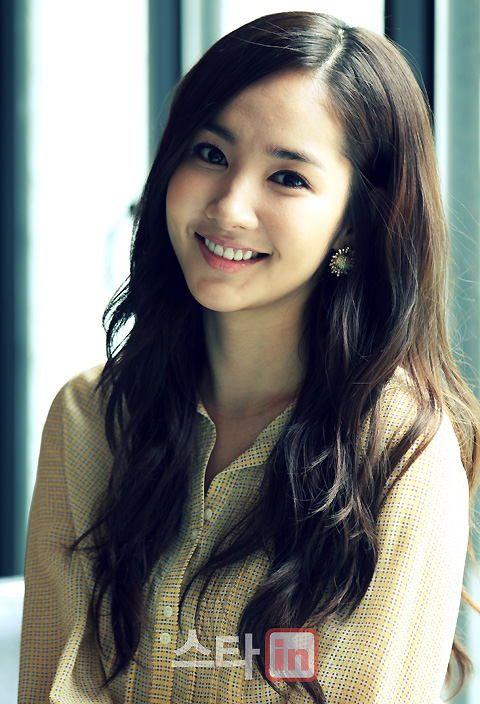 """Plenty of Photos] Park Min-yeong """"Thank you for loving Na-na ..."""