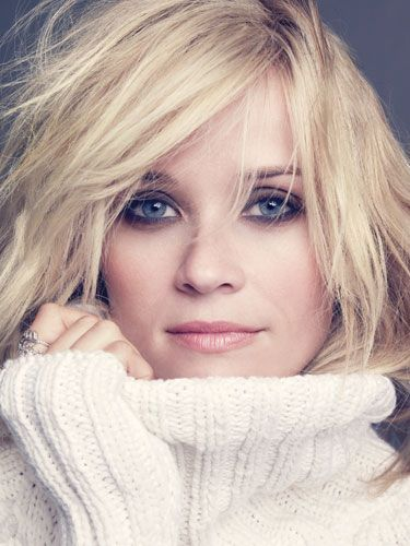 #ReeseWitherspoon smokey eye #MakeUp and natural lips  – Beauty Works London