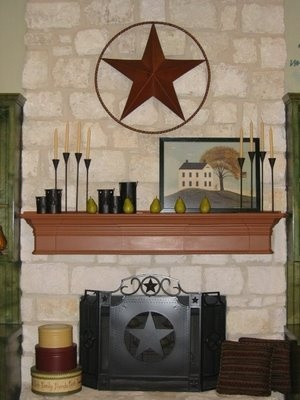 Mantle with primitive country decor