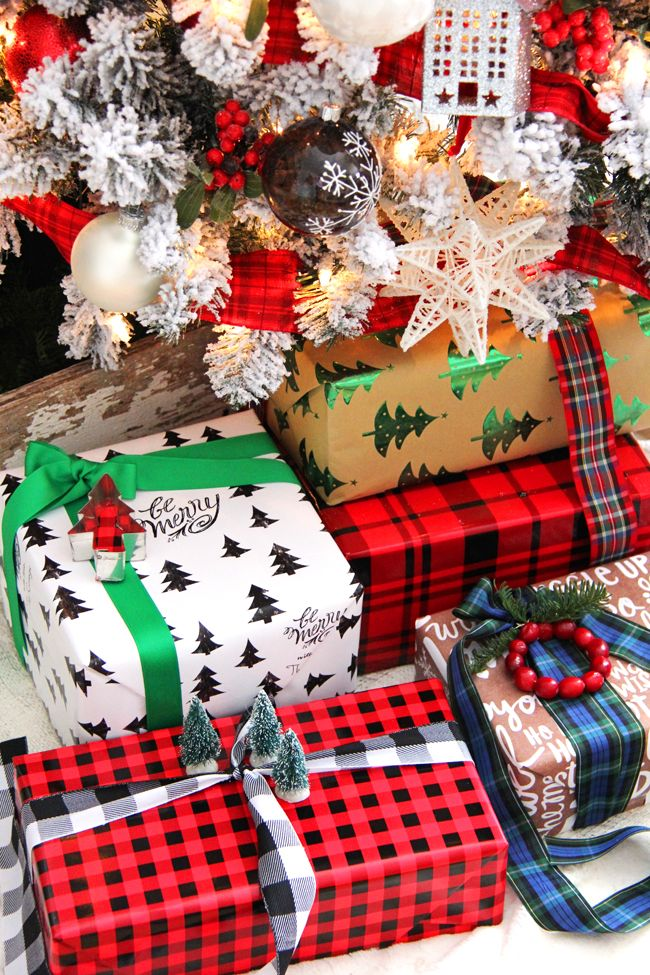 Traditional and Festive Gift Wrapping Ideas Christmas