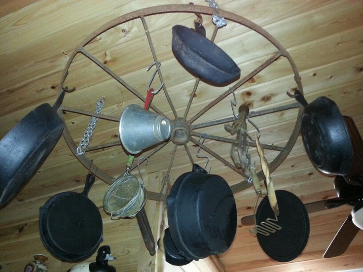 Wagon wheel pot hanger projects pinterest to be for Things to do with old wagon wheels