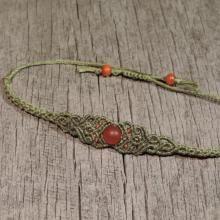 Micrame - Zelena zapestnica s poldragim kamnom - matiran rdeči ahat