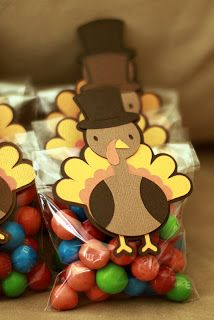 Thanksgiving Treat Bags thanksgiving crafts thanks ideas turkey pilgrims fathers kids stuffings