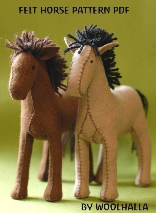 felt horse pattern: Little Girls, Horse Pattern, Patterns Pdf, Felt Patterns, Horses Patterns, Hors Patterns, Free Patterns, Felt Horses, Stuffed Animal