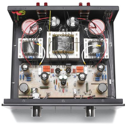 AUDIOMAT ARIA . The metal chassis and the acrylic front plate are shared with it's smaller brother, the Arpege, while the power supply capacitors and transformers are the same as those used in the larger, and more expensive, Opéra. The output tubes and the power supply circuitry are the same, only the smoothing capacitors differ slightly. The input stage is similar to that of Arpège.