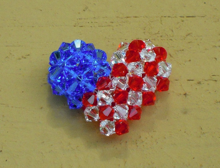 Susan M. created this amazing red, white and blue heart out of Swarovski bicones for her entry in the Artbeads Red, White and Blue contest. You can find all the details about this contest here: http://www.artbeads.com/swarovski-artbeads-contests.html