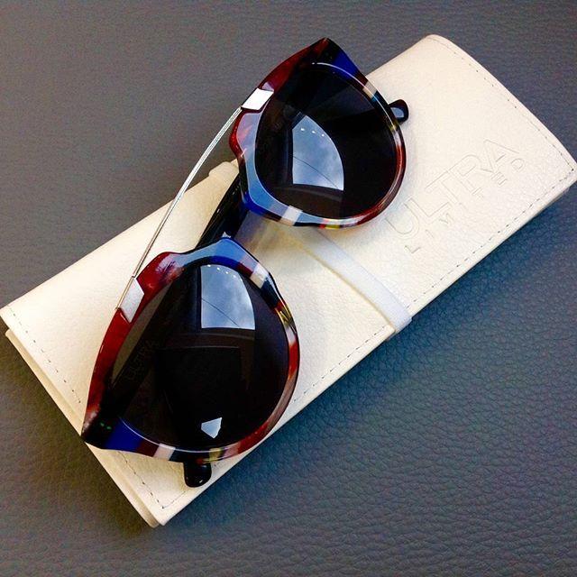 Co powiecie na niepowtarzalne i jedyne takie na świecie okulary przeciwsłoneczne od @ultraeyewear ? My jesteśmy zachwyceni! ♥ #vede #vedeoutlet #vedeoutletoptyczny #okulary #okularyprzeciwsłoneczne #UltraLimited #limitowanakolekcja #włochy