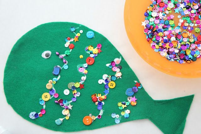 Toddler Approved!: Sparkly Felt Fish Craft for Toddlers