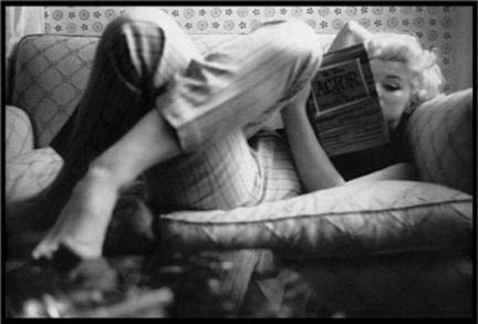 marilyn monroe reading | Flickr - Photo Sharing!