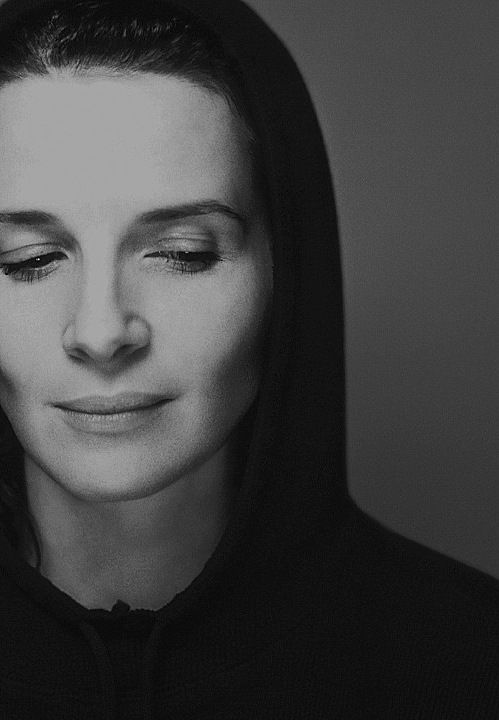 Juliette Binoche photographed by Patrick Swirc