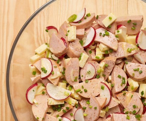 Wurst-Käse-Salat nach Andreas Heller - Rezept - Saisonküche